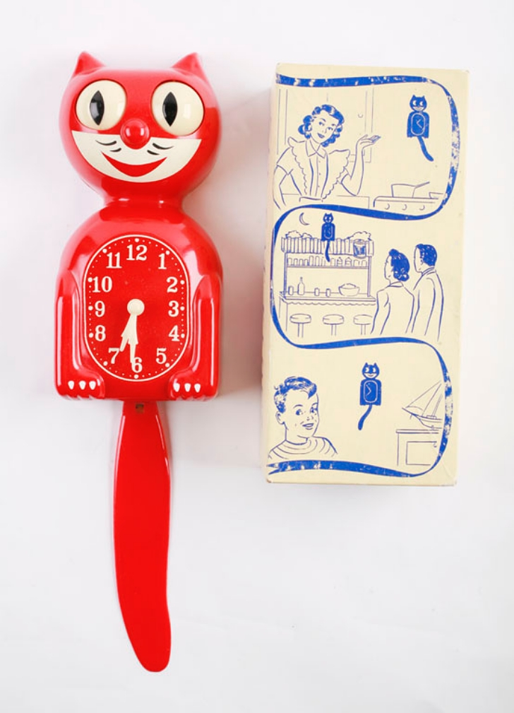 red Kit Cat Klock from the 1950s