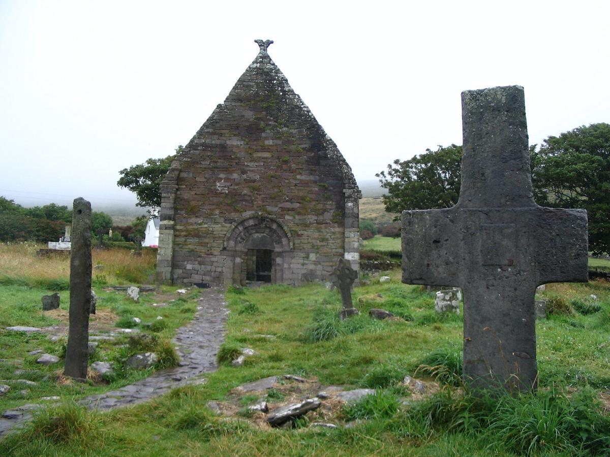 Kilmalkedar church and Ogham stones