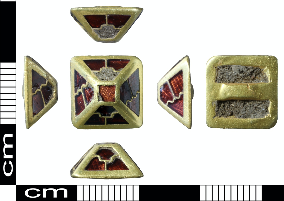 Sutton Hoo garnet scabbard