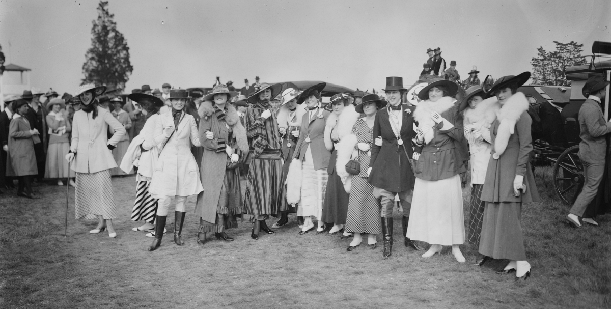 early 1910s fashion show