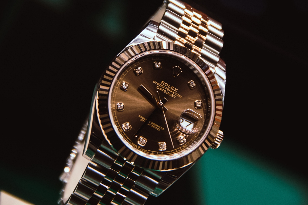 Rolex with cyclops on crystal