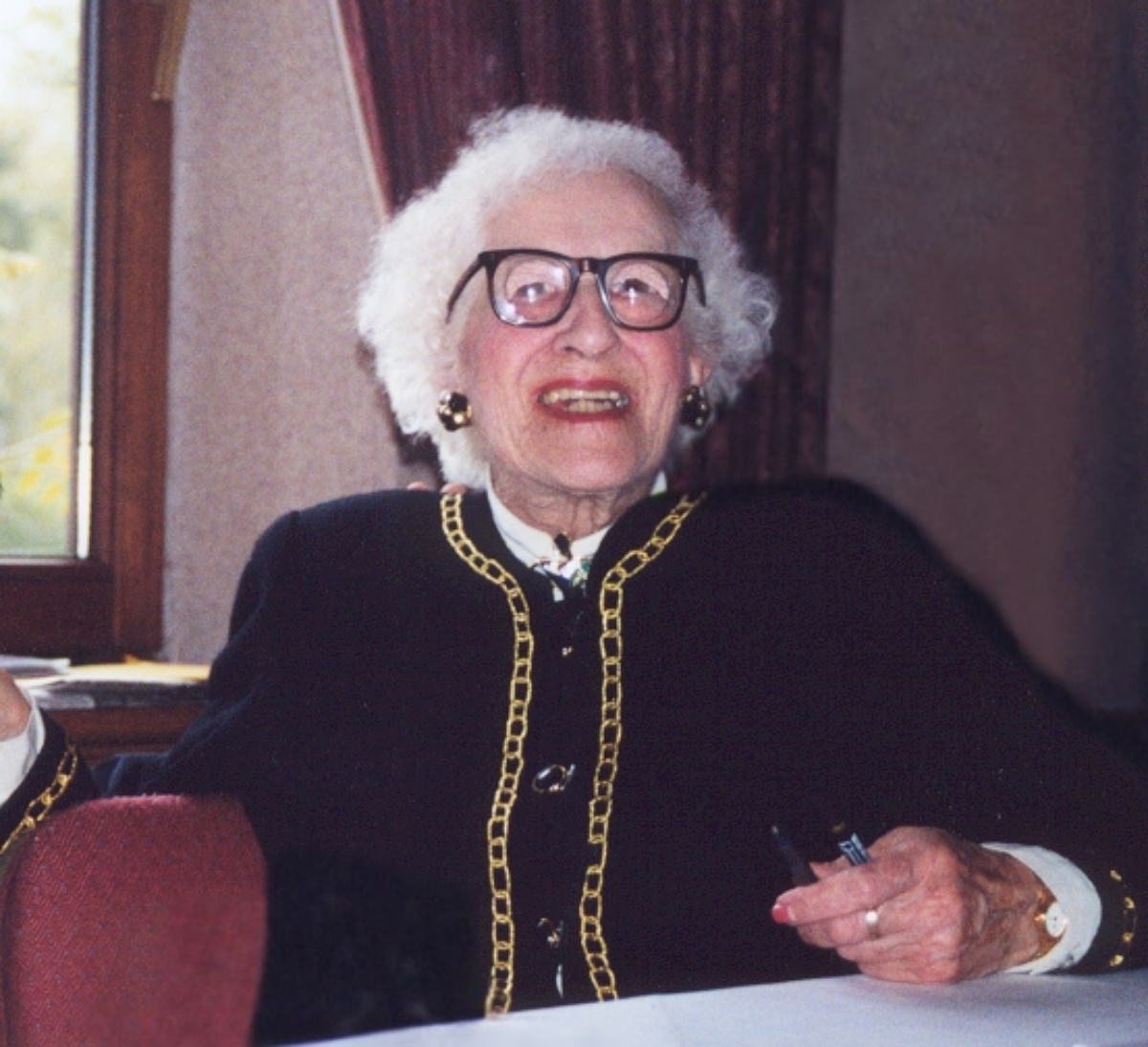 Millvina Dean in 1999